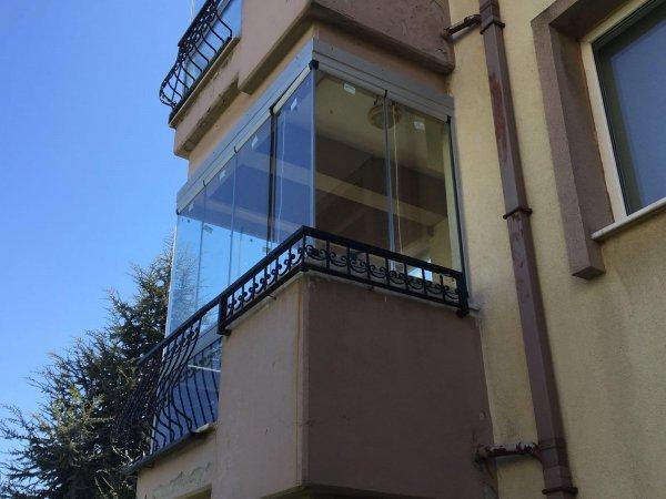 Taşdelen Mahallesi Cam Balkon