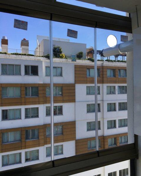 Girne Mahallesi Cam Balkon